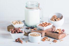 Миндальное или кокосовое молоко