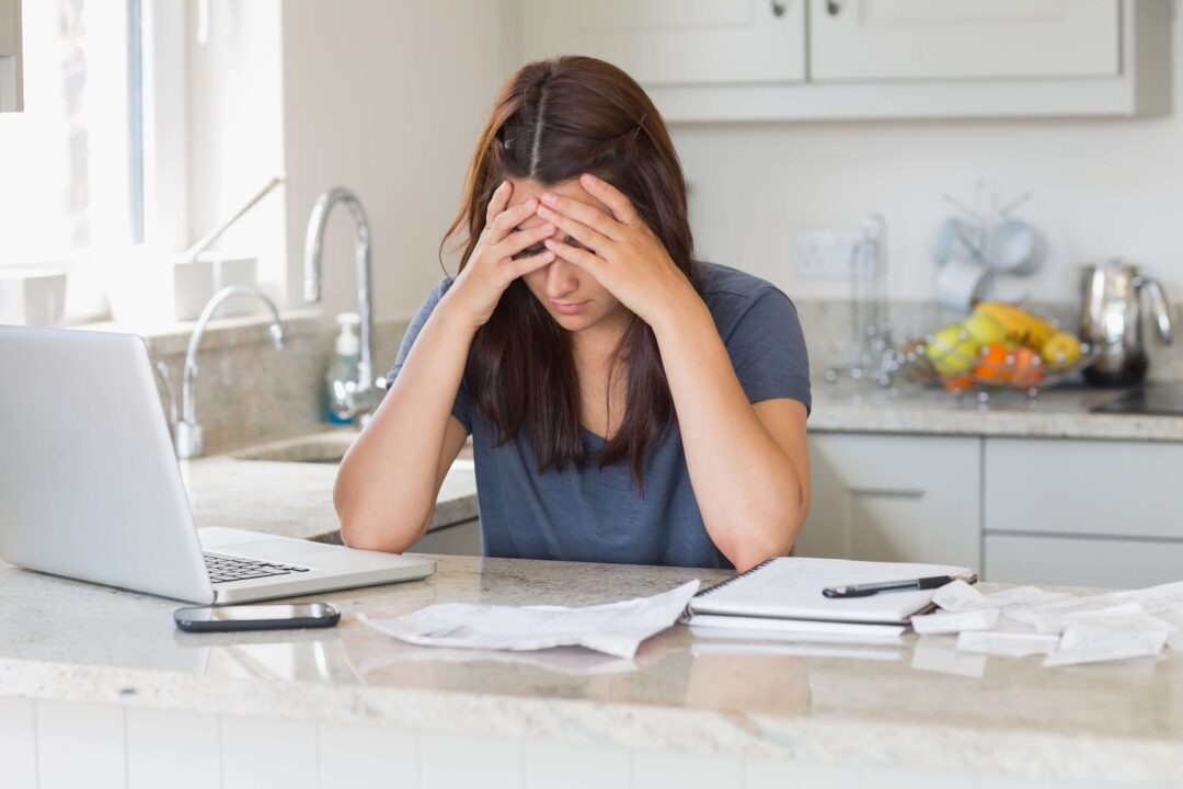 рассчитаться с долгами и кредитами
