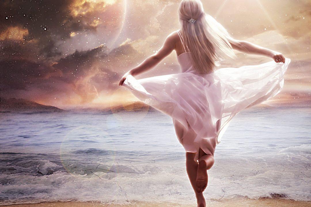 Женская сила - в ее лунной энергии для Вас мужчины!